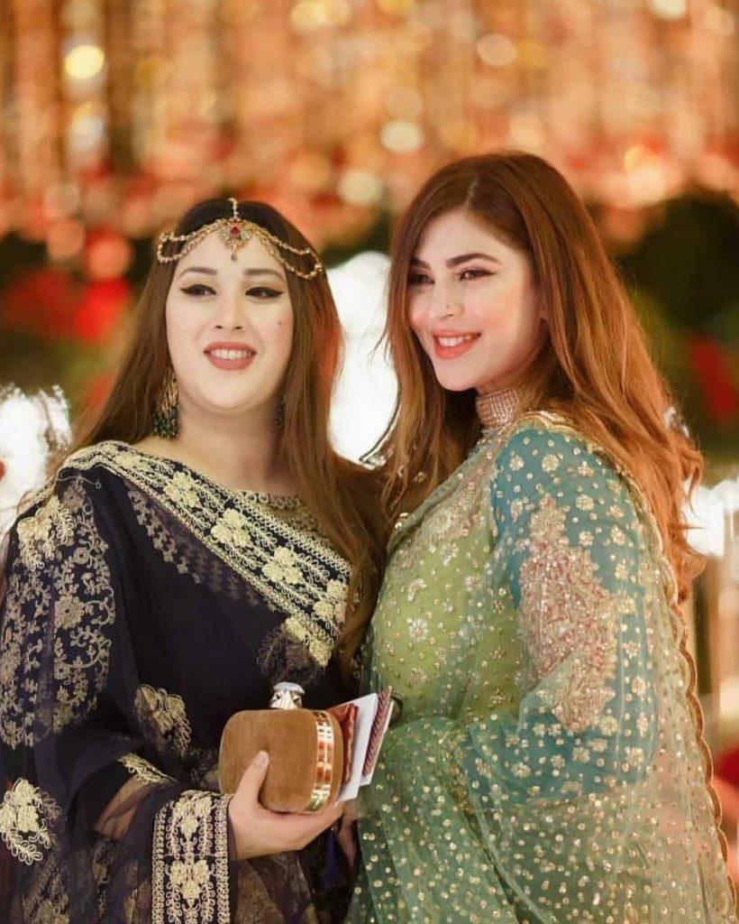 naimal khawar khan with her sister rabia khawar khan