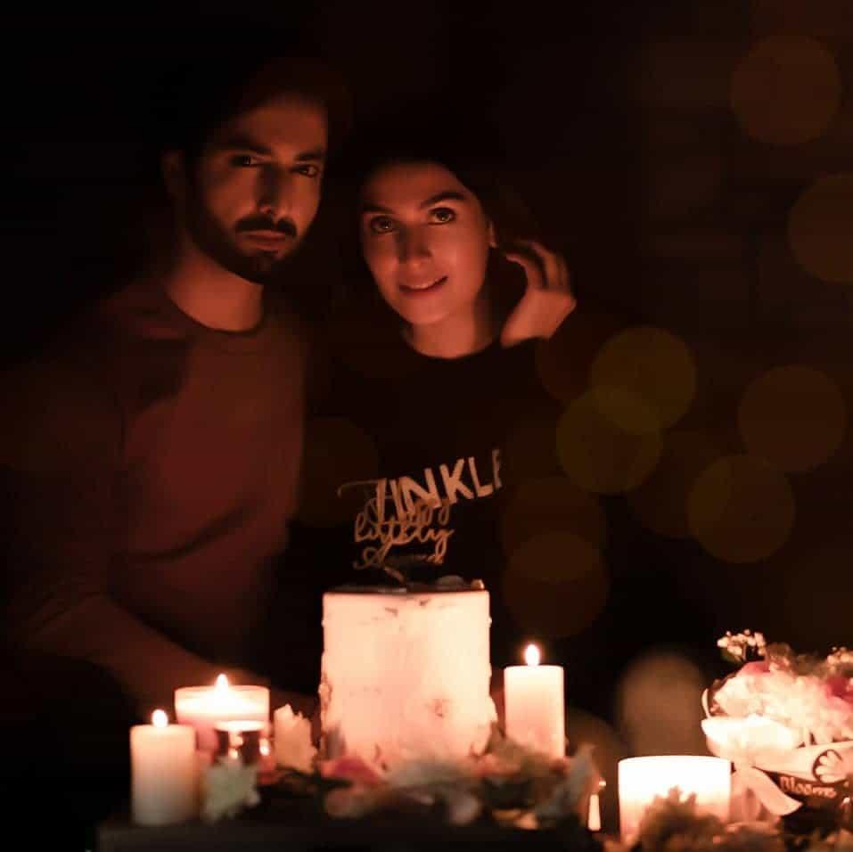 ayeza khan with her husband