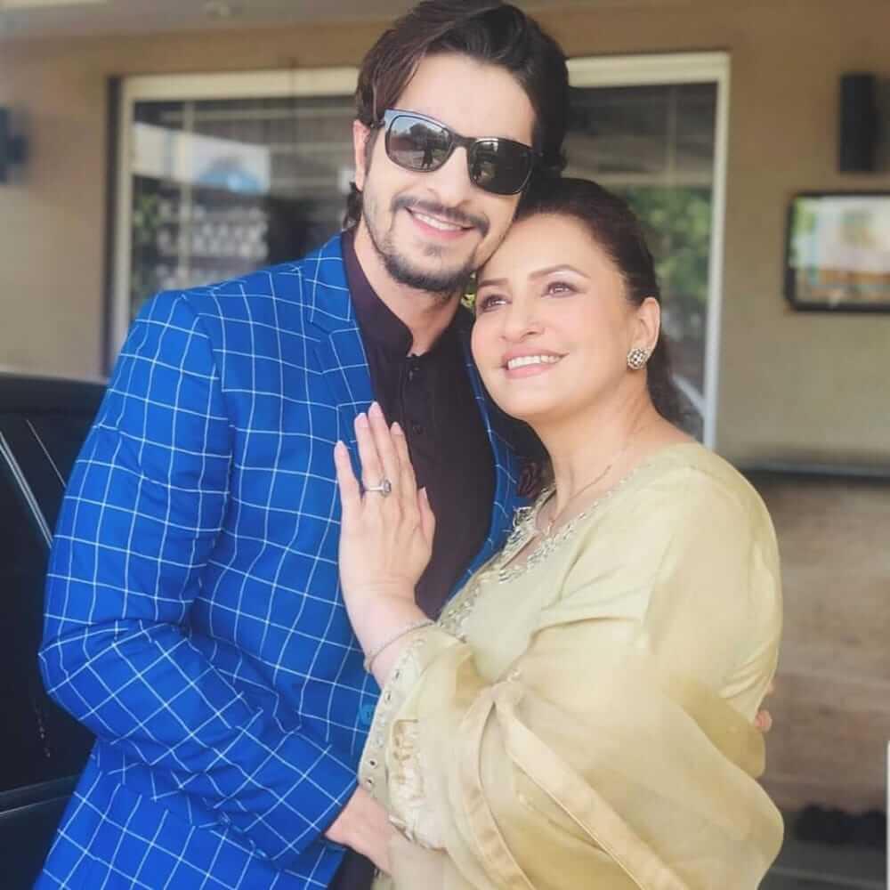 saba faisal with her son salman faisal