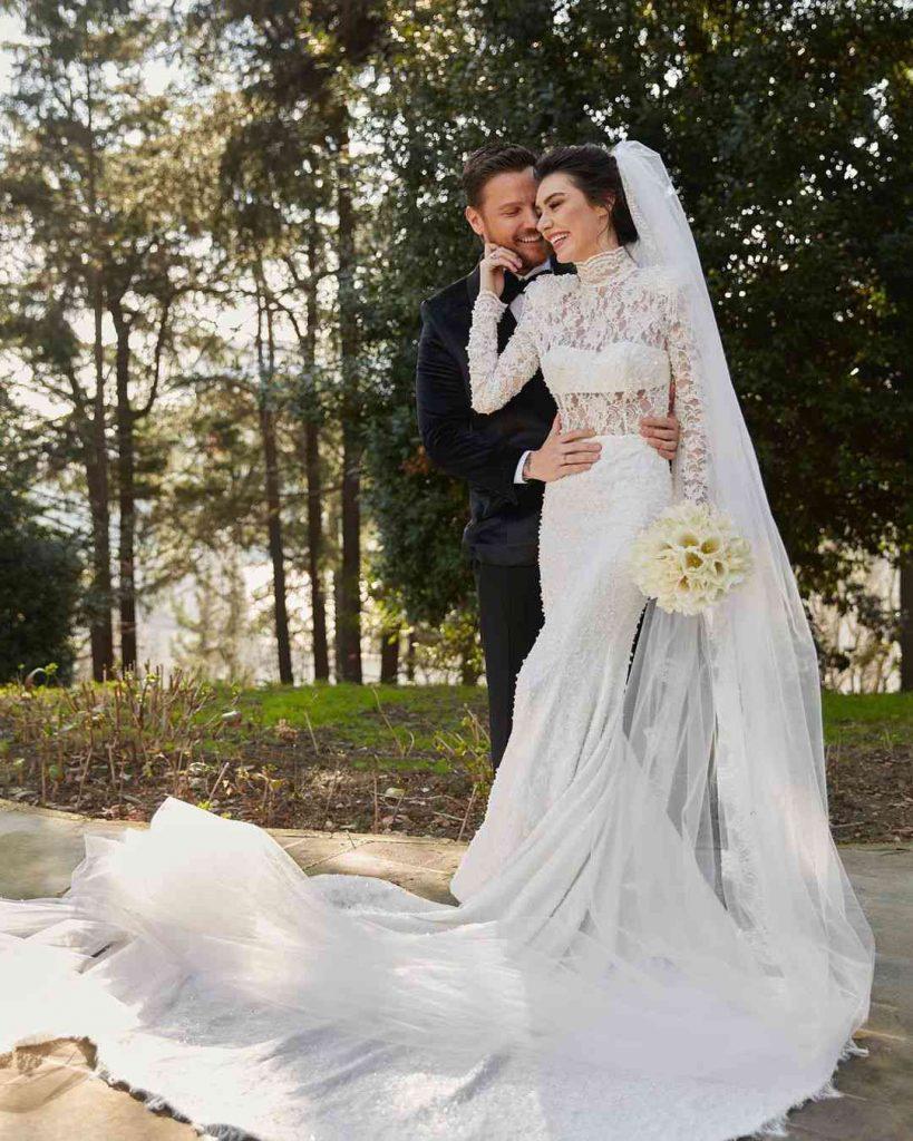 Burcu Kıratlı Wedding Pictures (5)