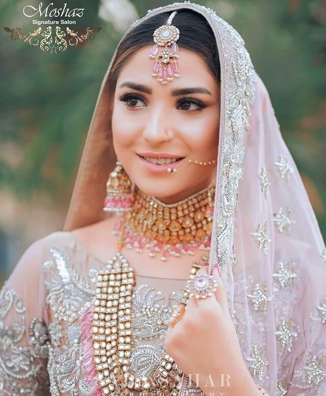 ramsha khan looks alike anushka sharma