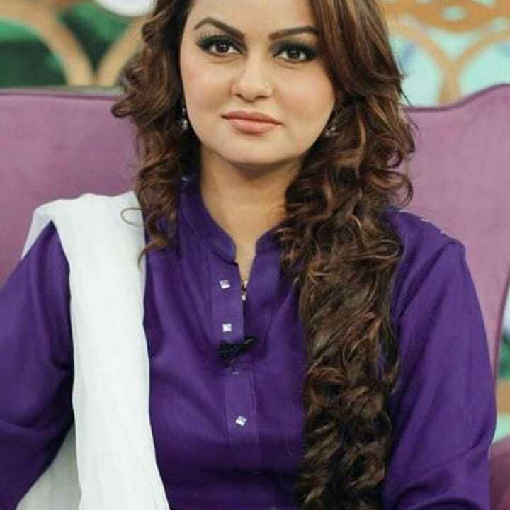 Javeria Abbasi as Sakina's Mother