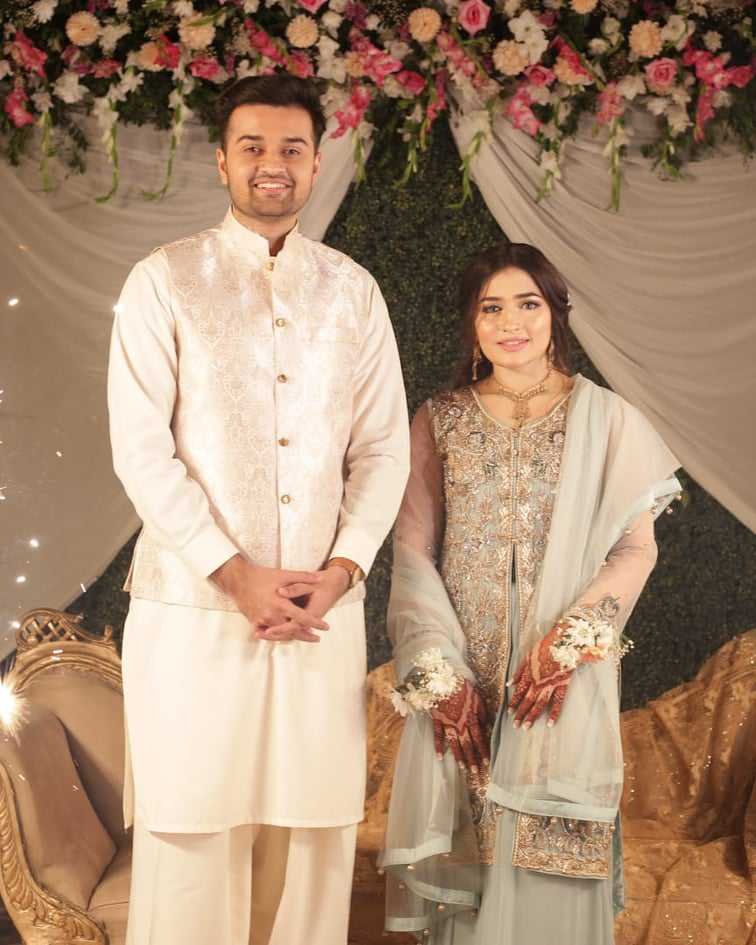 Maaz Jamshed Engagement Pics (3)