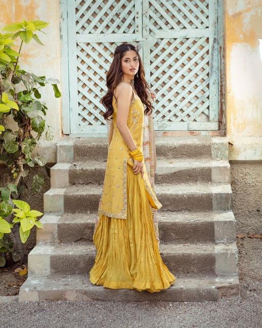 Sajal Aly Bridal Photoshoot (2)