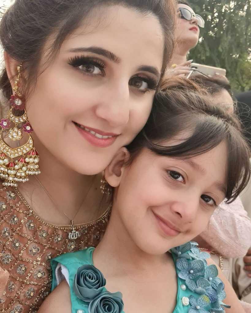 Sami Khan Family Pics (5)