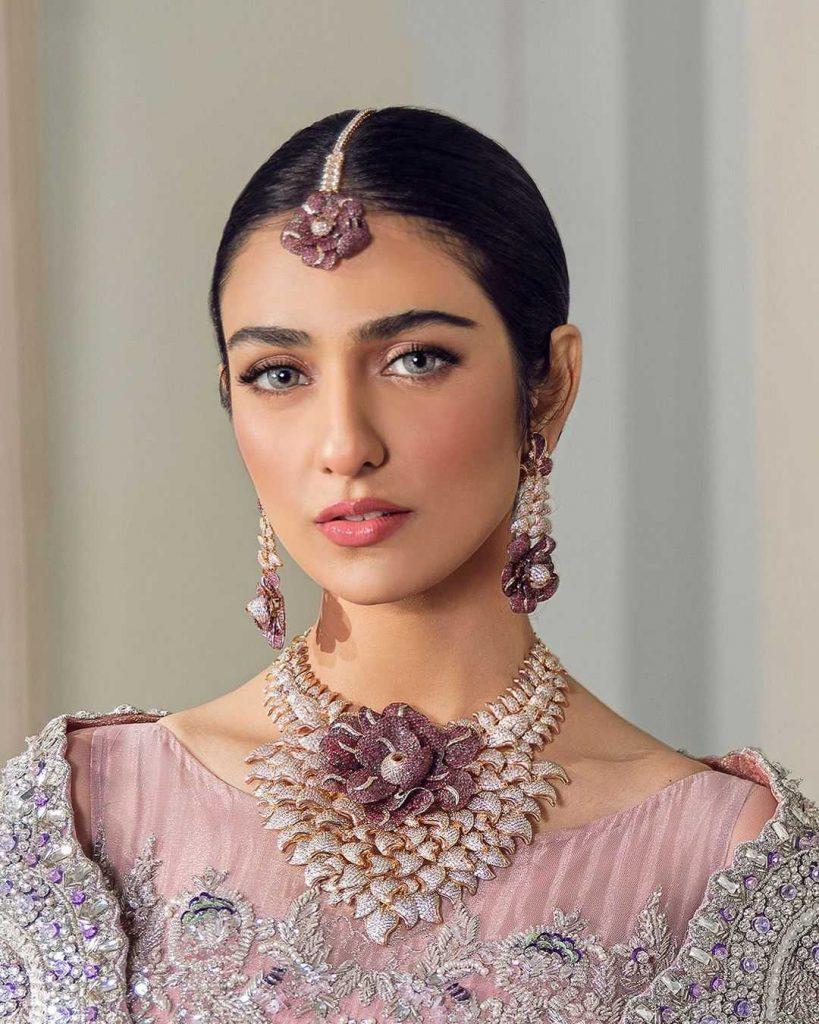 Sarah Khan as Zohra