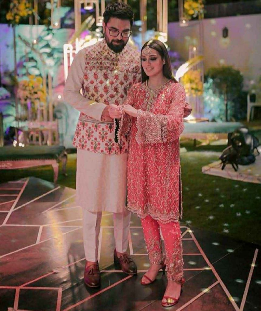 iqra aziz and yasir hussain (11)