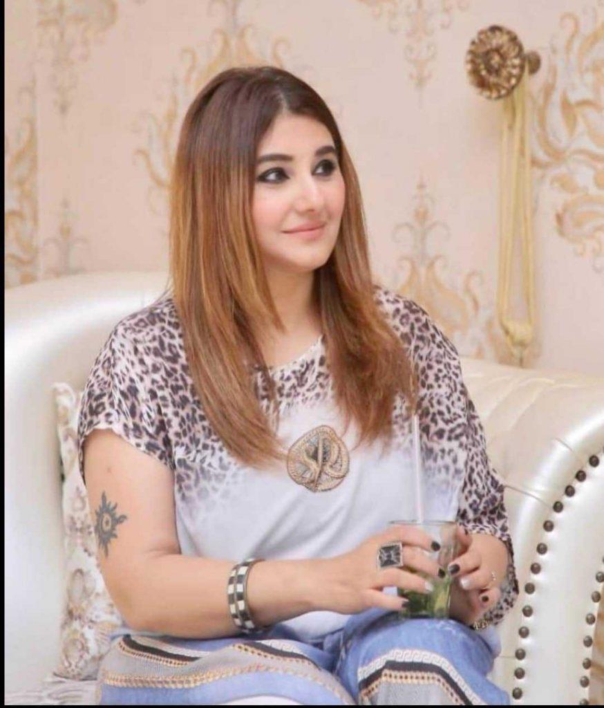 Javeria Saud new hairstyle (3)
