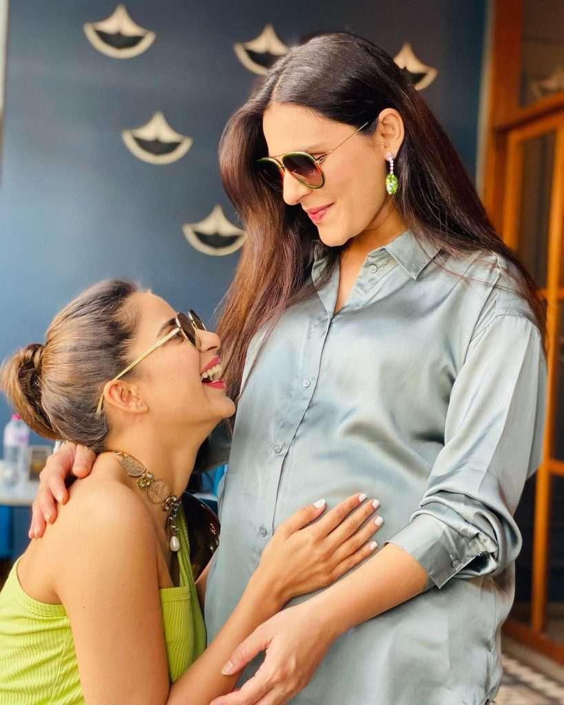 Sadia Ghaffar's Baby Shower (6)