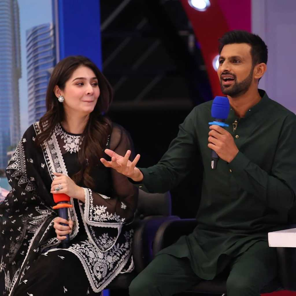 dur e fishan and ushna shah at jeeto pakistan show (3)