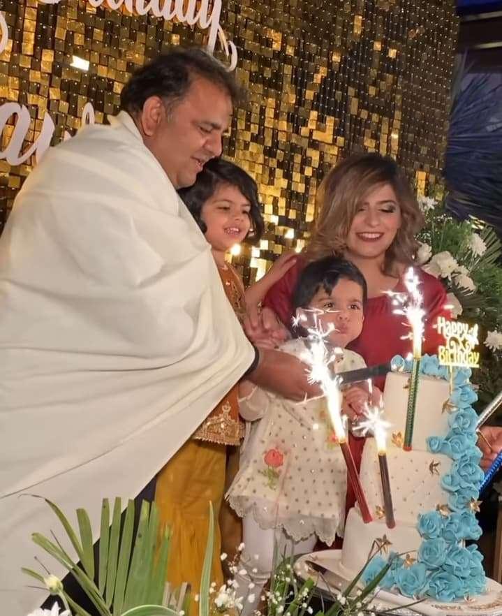 fawad-chaudhary-birthday-party (3)