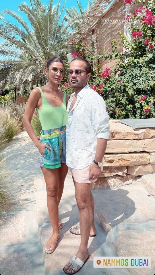 Alyzeh Gabol Beach Party (1)