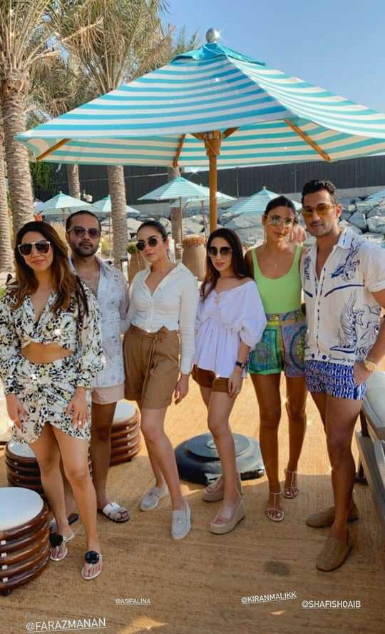 Alyzeh Gabol Beach Party (5)