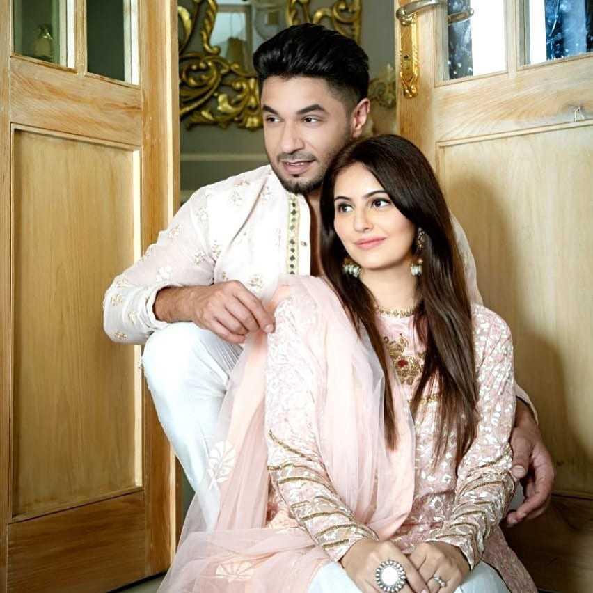 Hasan Rizvi Wife 1