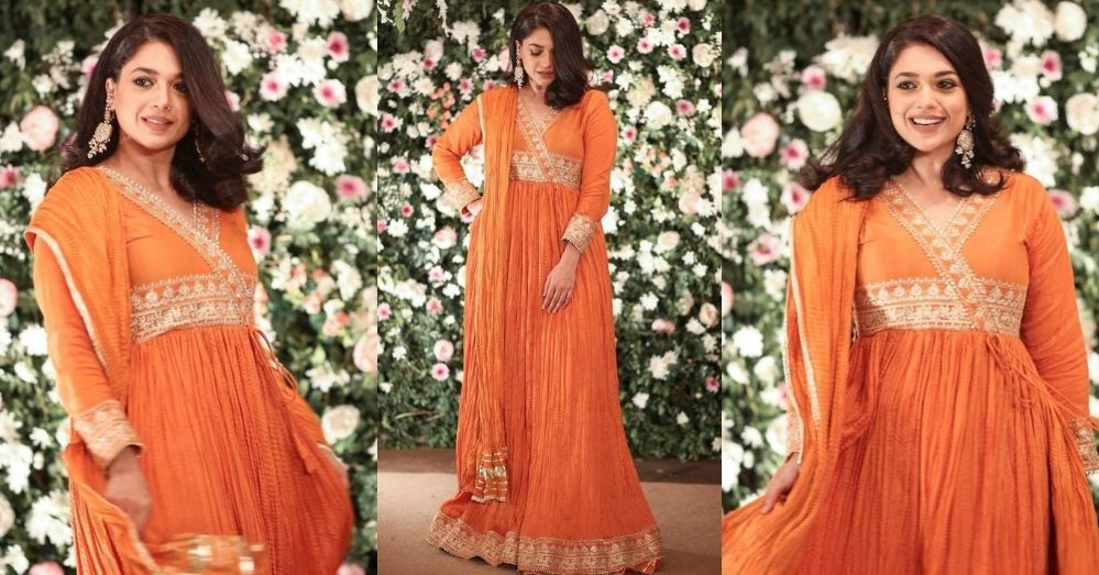 Sanam Jung Looks Stunning In Orange-Colored Pishwas