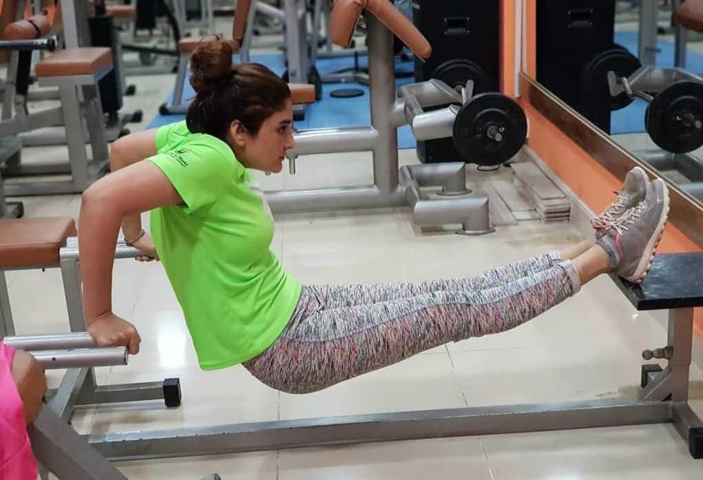aliya-ali-looks-bold-in-gym-wears