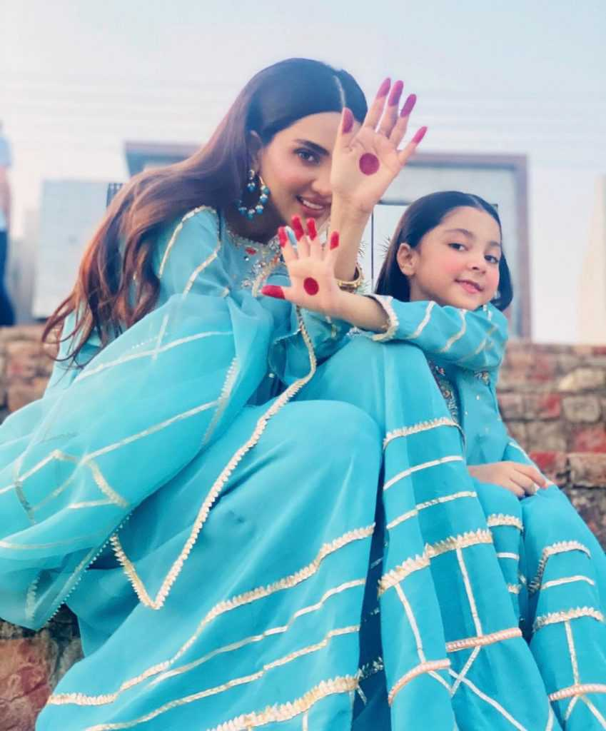 fiza-ali-with-her-daughter-new-pictures (2)