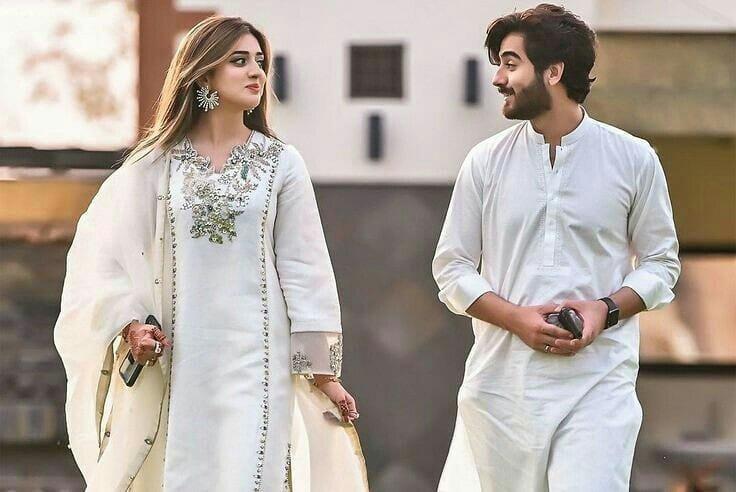 jannat-mirza-andumar-butt-engagement (1)