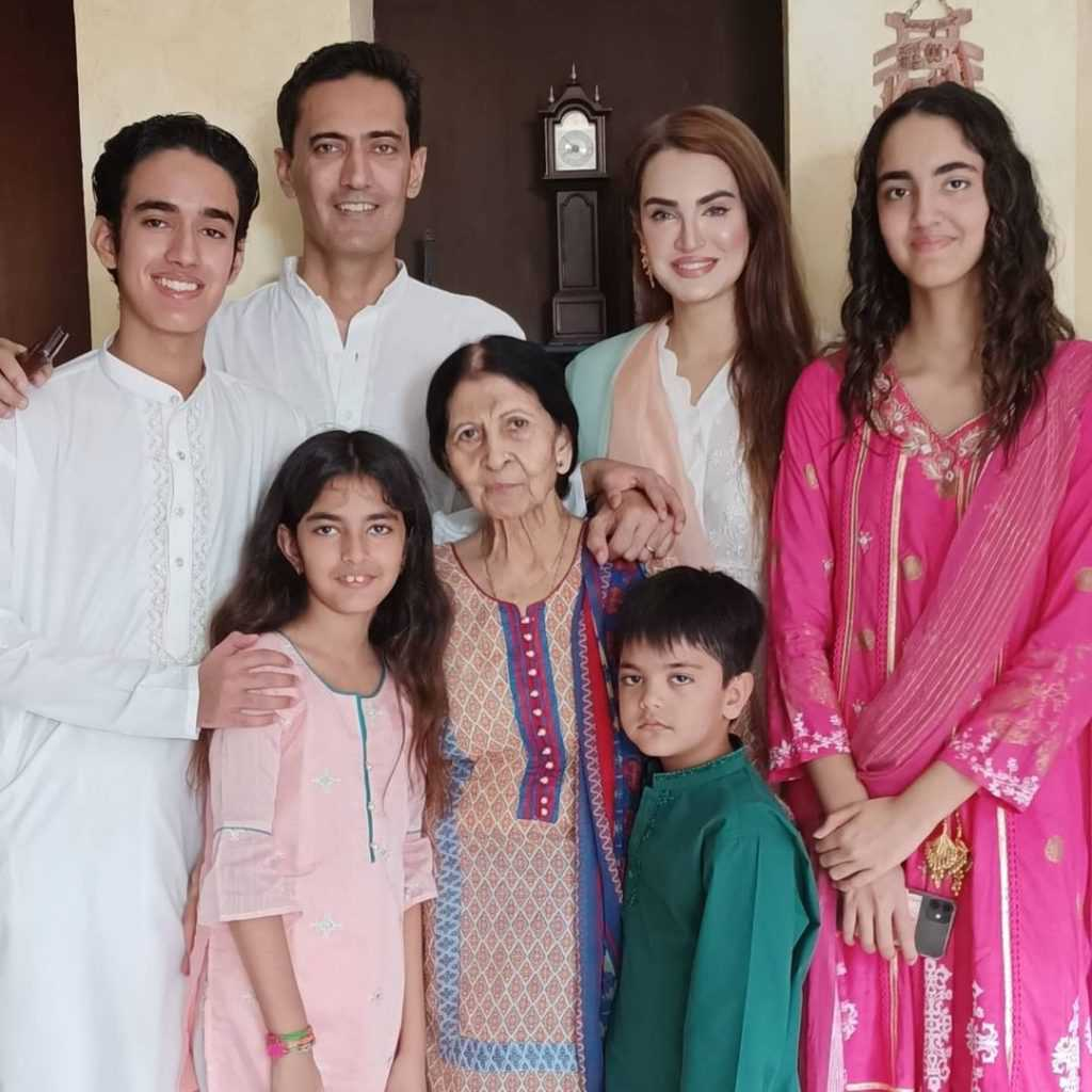 nadia-hussain-family-pictures (5)