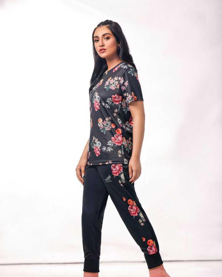 sarah-khan-latest-pics (3)