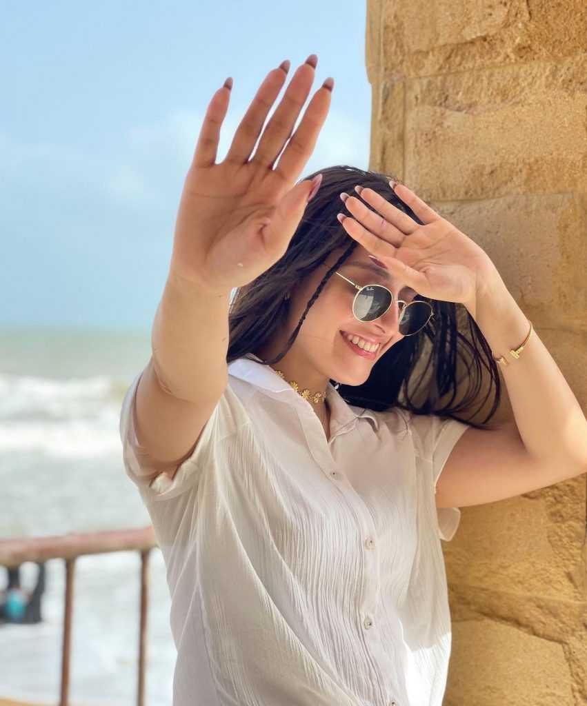 ayeza khan (4)
