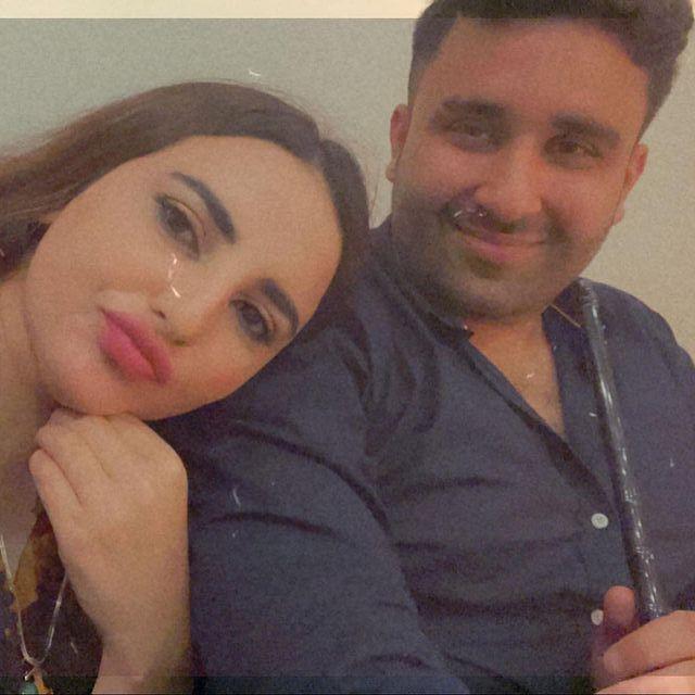 hareem-shah-with-her-husband