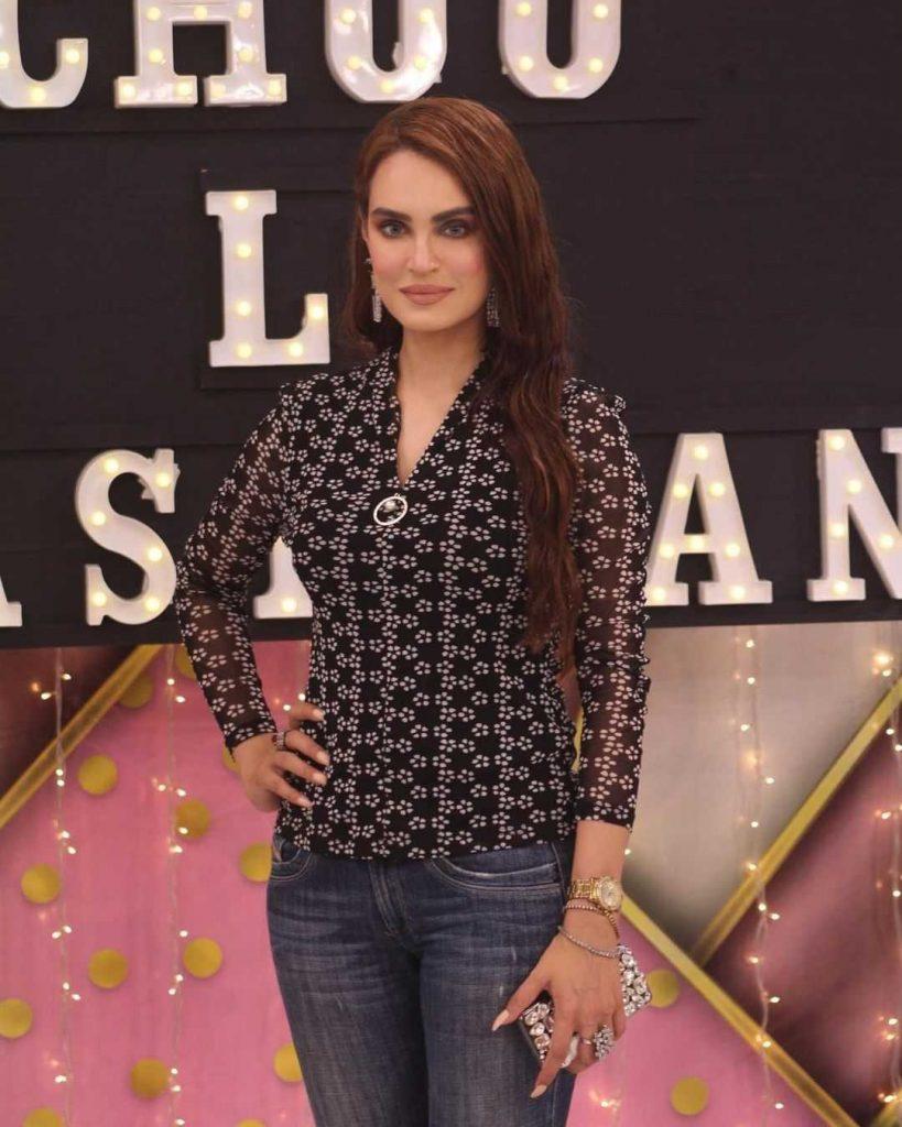 nadia hussain_khan