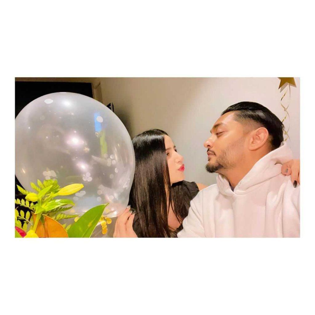 sania-shamshad-is-celebrating-birthday-of-her-husband (5)