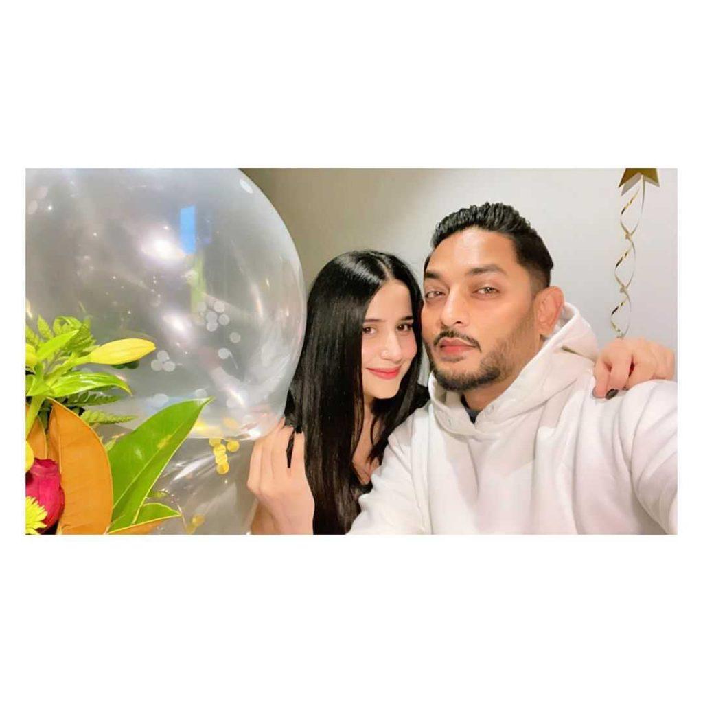 sania-shamshad-is-celebrating-birthday-of-her-husband (7)