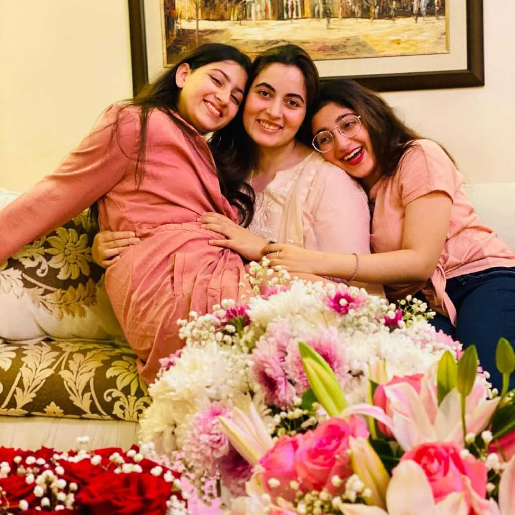 shagufta ejaz with daughter beautiful pictures (3)