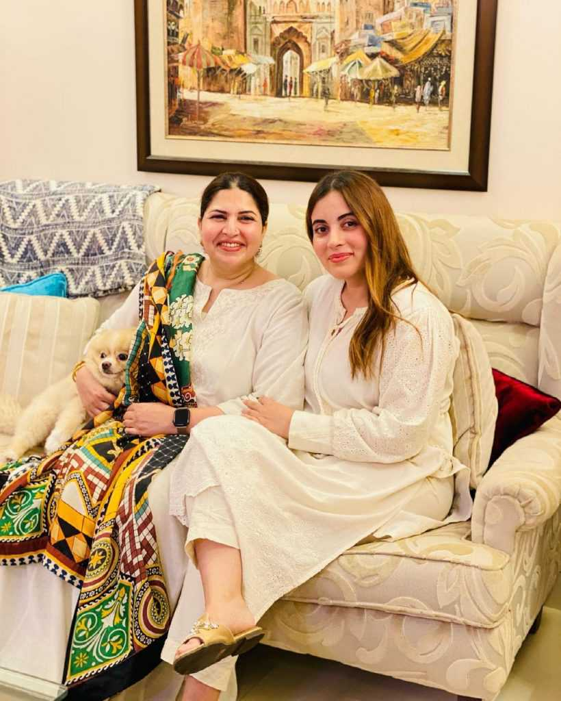 shagufta ejaz with daughter beautiful pictures (4)