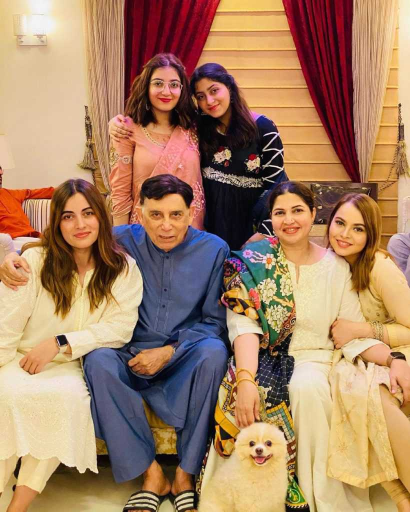 shagufta ejaz with daughter beautiful pictures (6)
