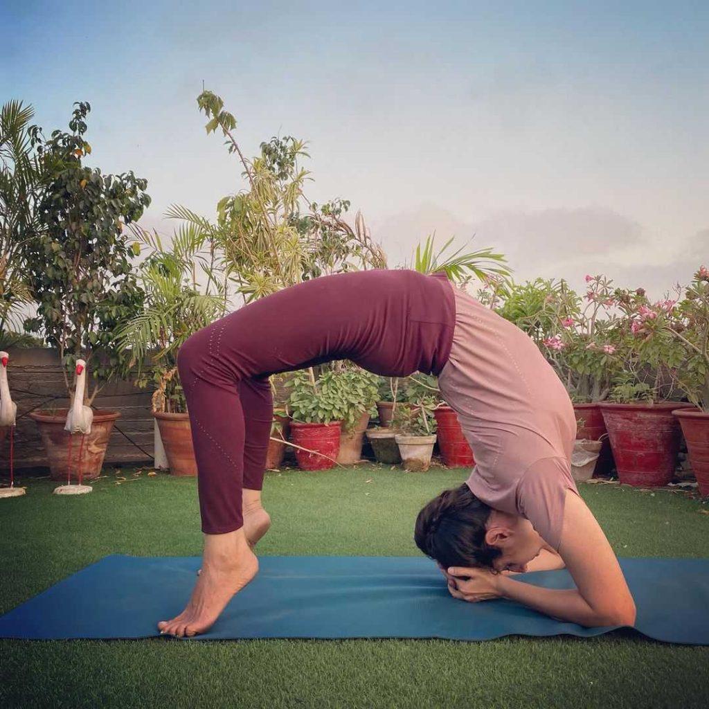 zarmina-taimoor-yoga-trainer
