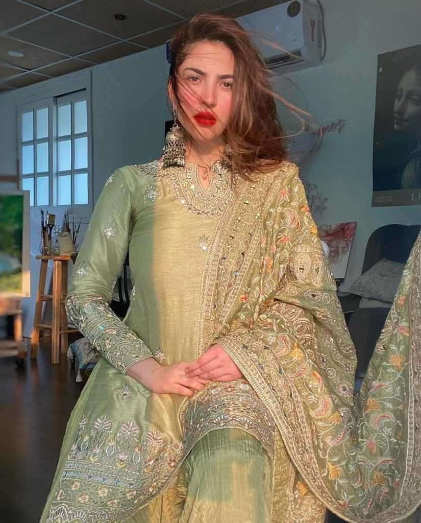 naimal-khawar-khan-eid-pics (2)