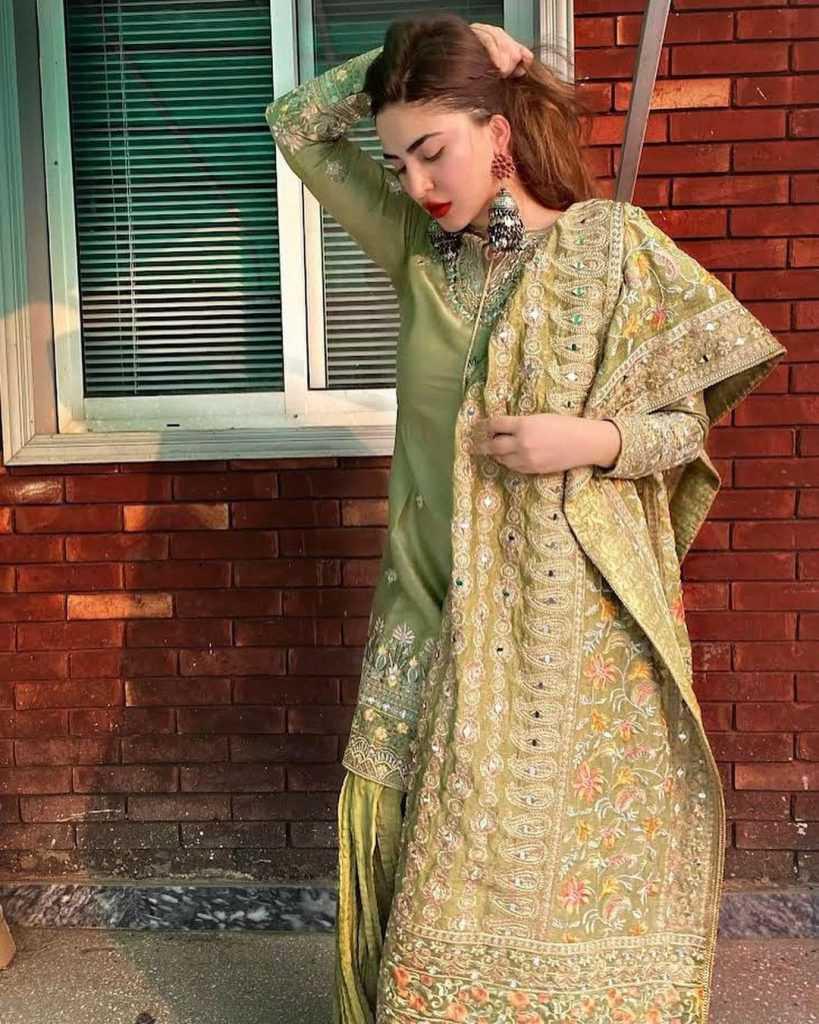 naimal-khawar-khan-eid-pics (3)