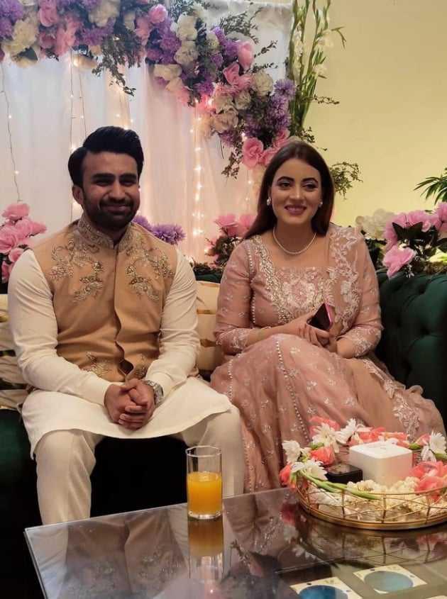 shagufta-ejaz-daughter-anaya-ali-engagement (5)