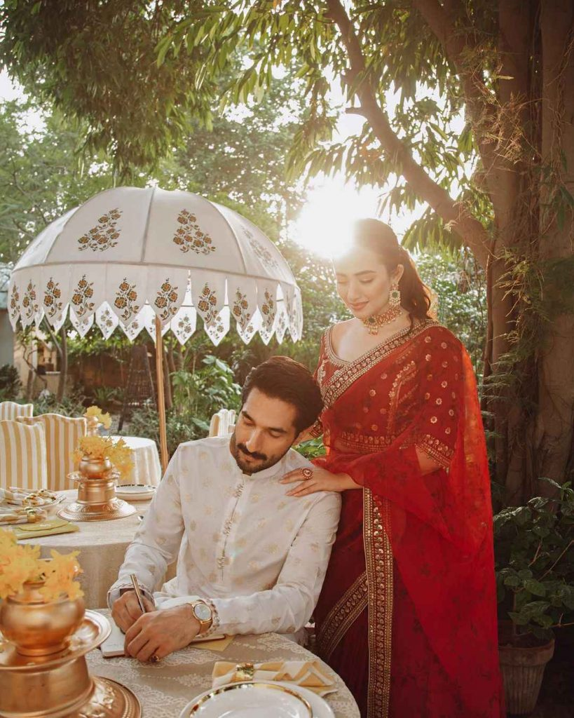Sana-javed-new-photoshoot-for-qalamkar (1)