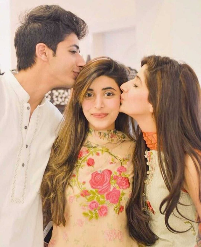 mawra-hocane-with-her-sister-and-brother