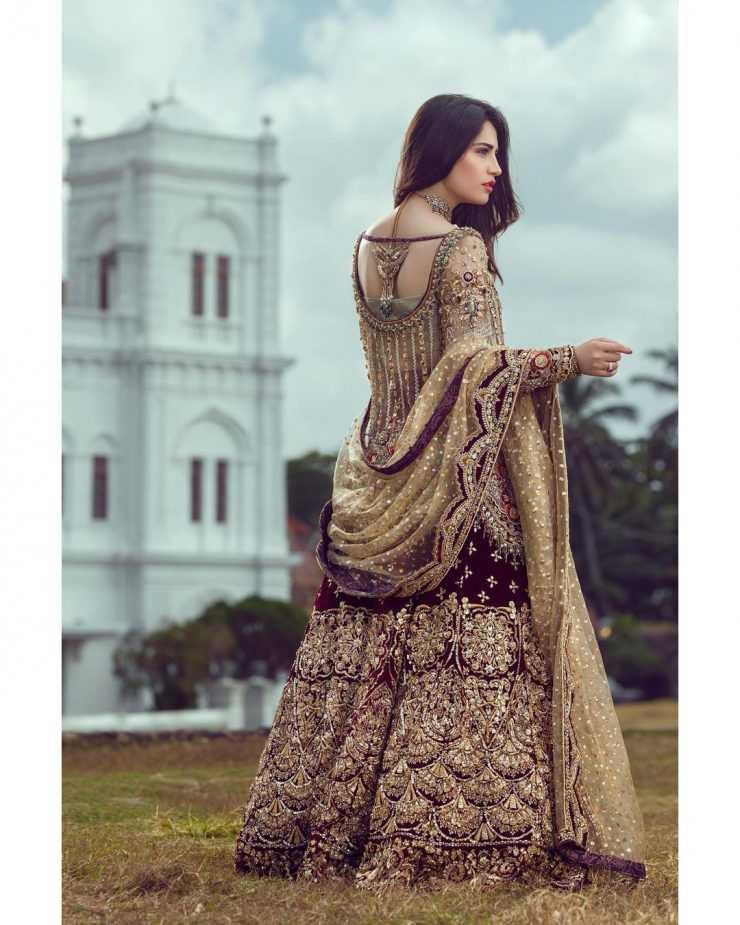 neelam-muneer-new-bridal-photoshoot-wearing-lehnga (13)
