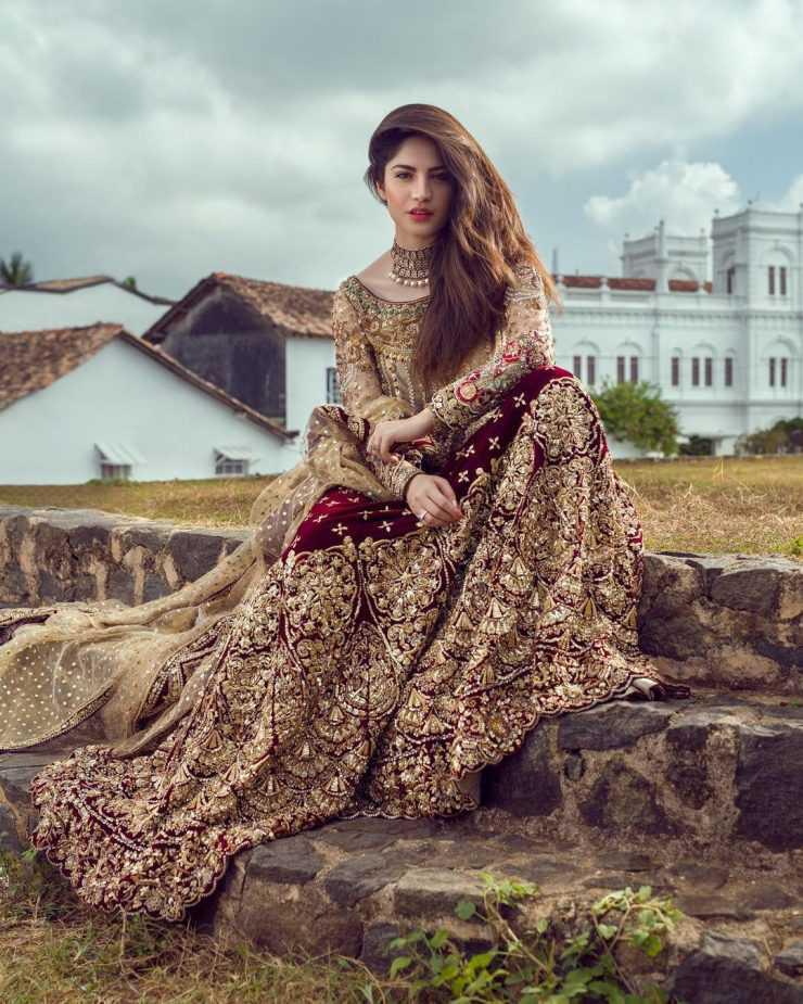 neelam-muneer-new-bridal-photoshoot-wearing-lehnga (14)