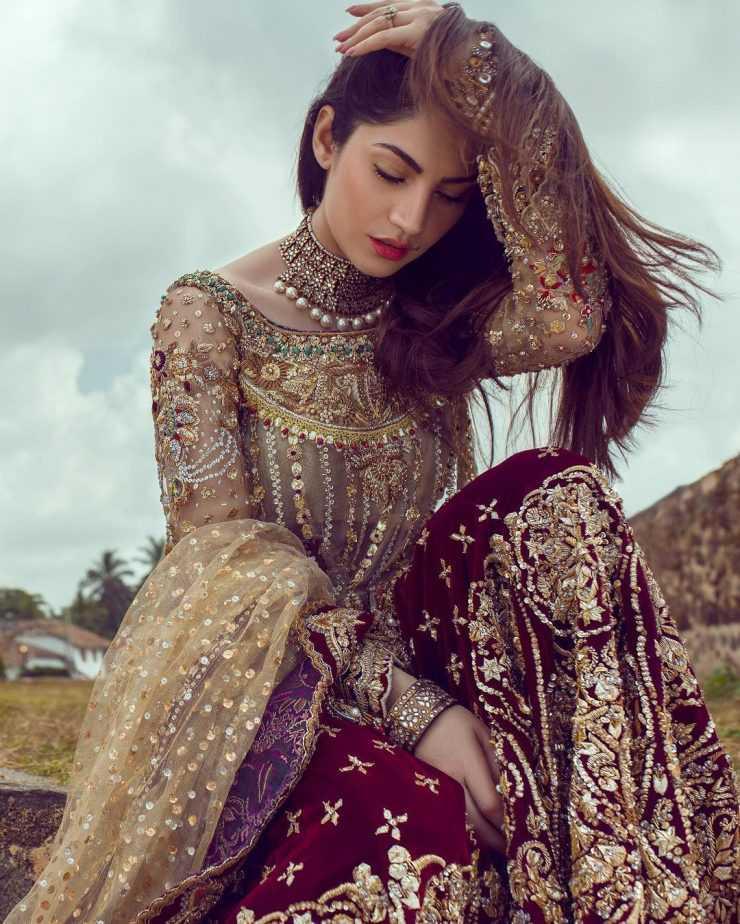 neelam-muneer-new-bridal-photoshoot-wearing-lehnga (16)