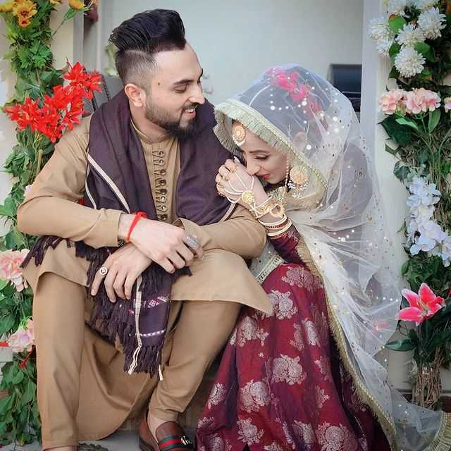 sanam-chaudhry-with-husband