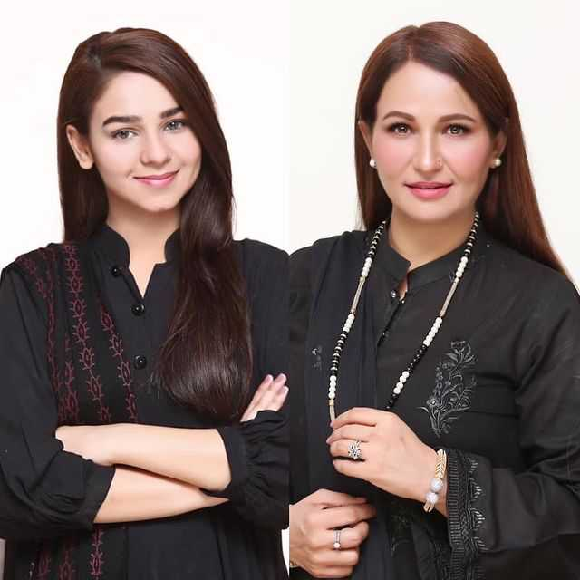 Beena Chaudhry with her daughter hareem sohail