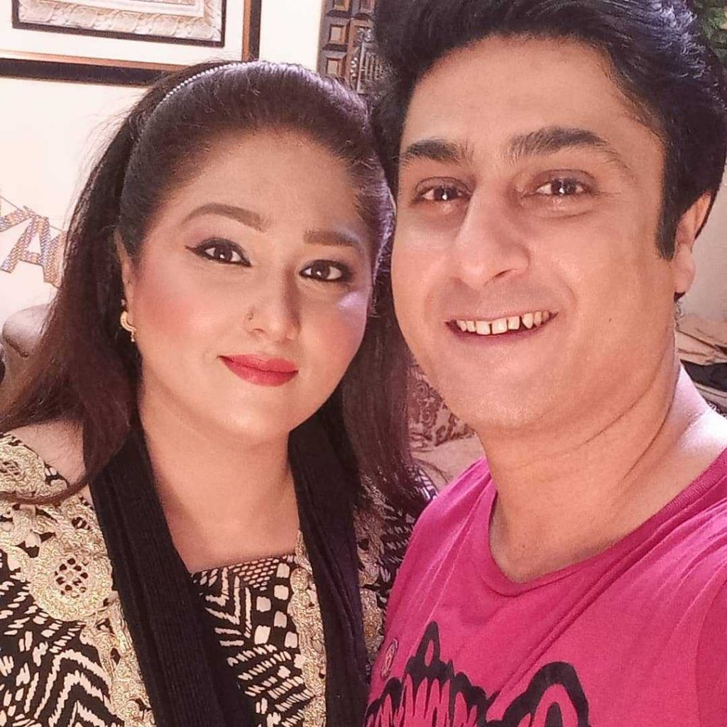 Kamran Jeelani with wife