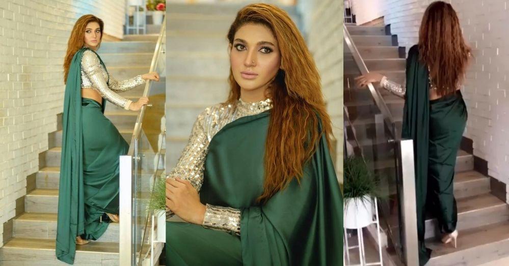 Sana Fakhar Looking Very Bold Wearing A Saree