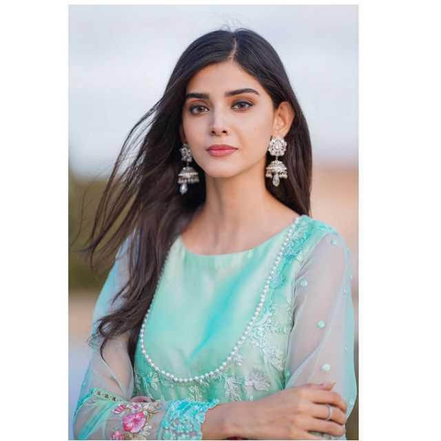 Zainab Shabbir as Ramsha