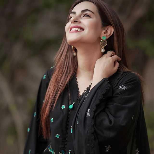 baddua drama actress name is amar khan