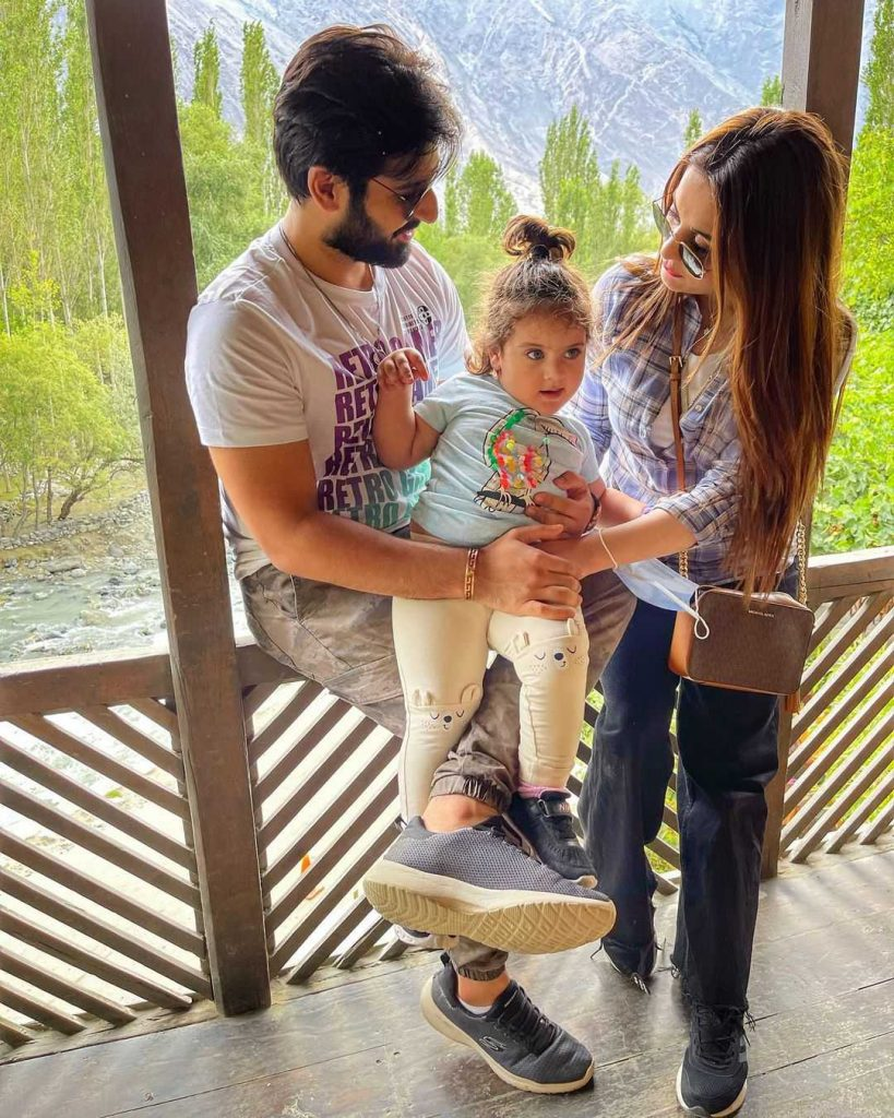 muneeb butt with his daughter amal