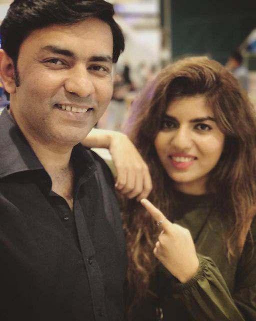 sajjad-ali-with-his-daughter