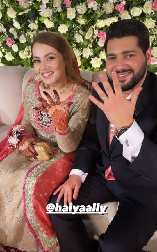 shagufta-ejaz-daughter-haya-ali-got-engaged-to-talha-chaudhry (2)